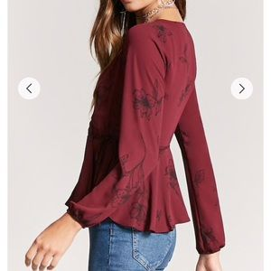c71d1227a0d09 Forever 21 Tops - F21 - floral blouse